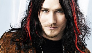 Ο Tuomas Holopainen μας συστήνει τους Auri