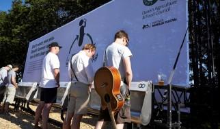 Ζυθοποιία χρησιμοποιεί ούρα που συλλέχθηκαν σε φεστιβάλ μουσικής