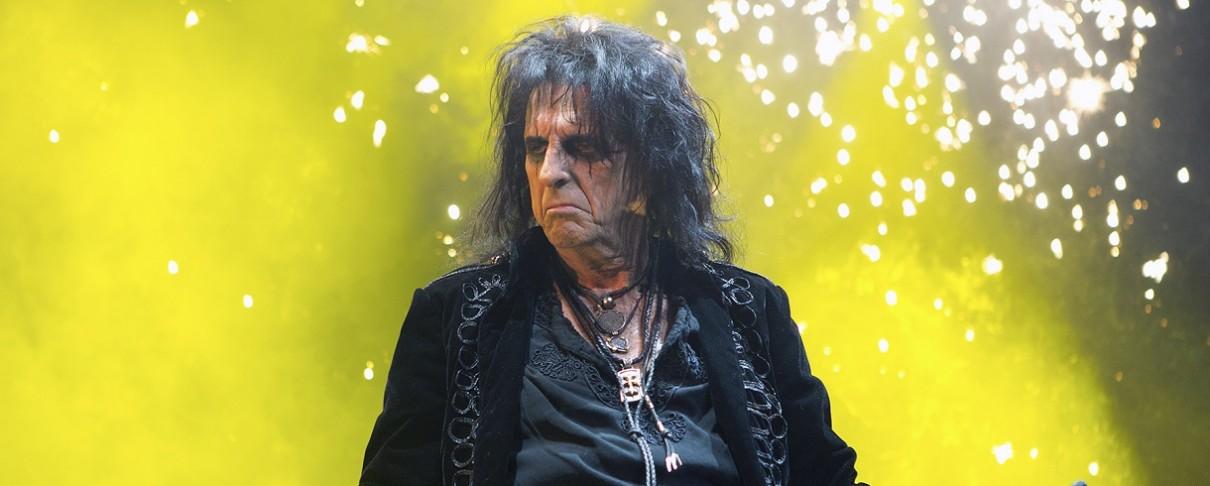 «Εκνευριστικά ντροπαλά τα νέα αγόρια της rock»