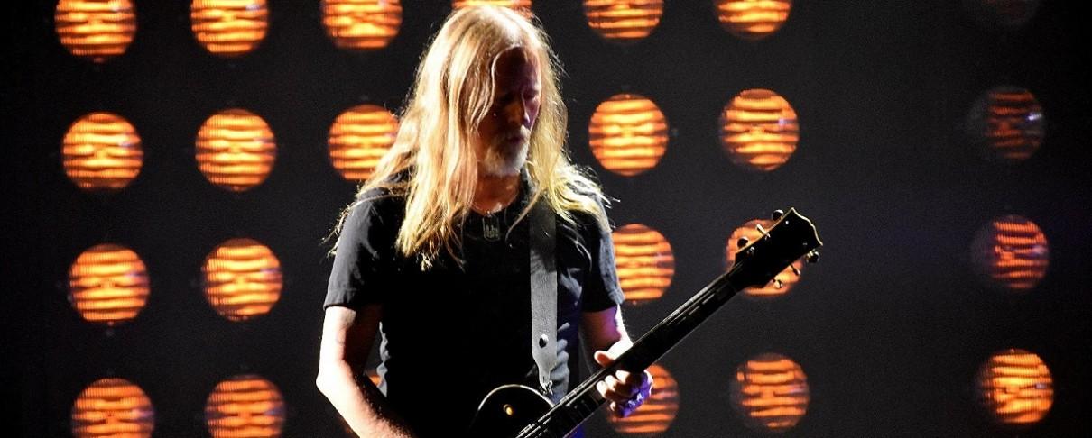 Οι Alice In Chains αποτίουν φόρο τιμής στον Chris Cornell