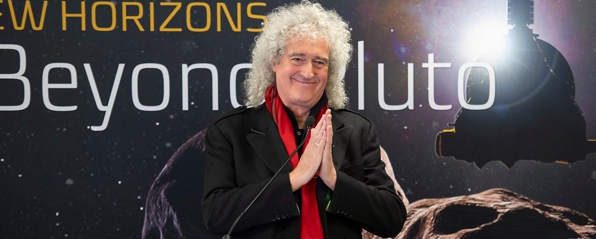 """New Horizons"": Πρώτο κομμάτι για τον Brian May μετά από 20 χρόνια"