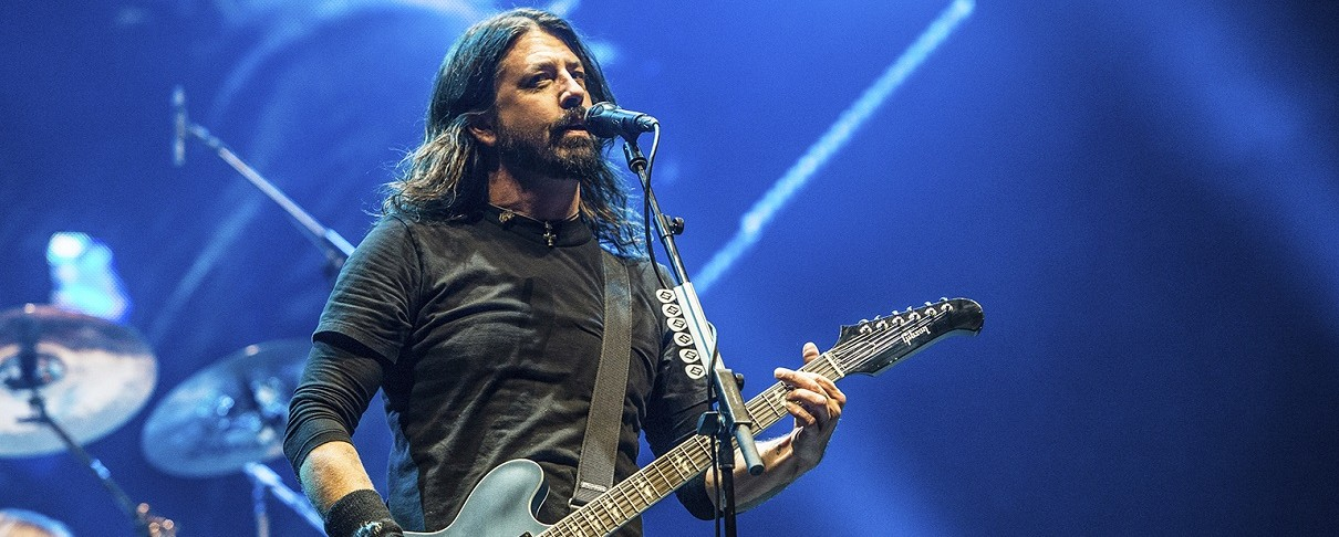 Oι Foo Fighters live σε οροφή σπιτιού
