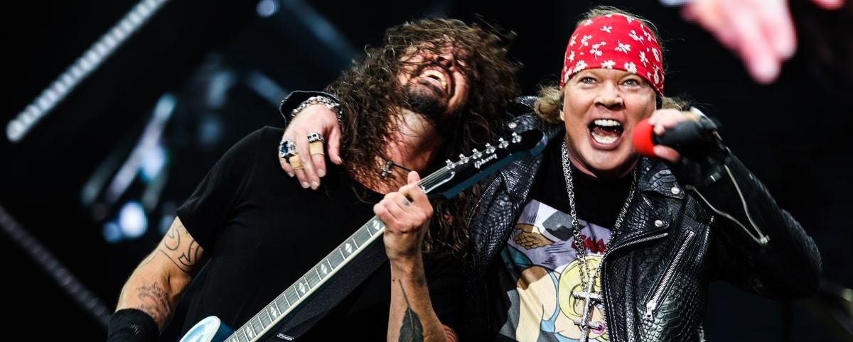Foo Fighters και Guns N' Roses στην ίδια σκηνή