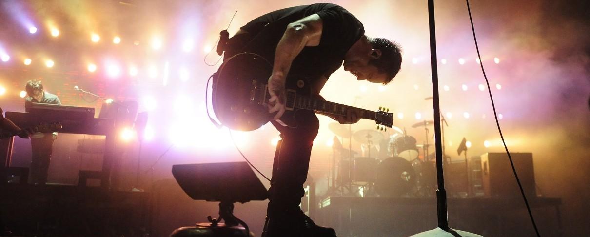 Οι Nine Inch Nails παρουσιάζουν νέο κομμάτι και διασκευάζουν Joy Division