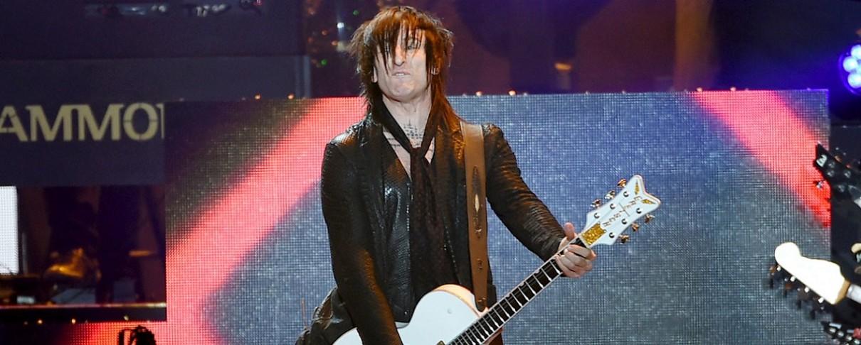 Richard Fortus: «Πιο γρήγορα απ' ό,τι νομίζετε ο νέος δίσκος των Guns N' Roses»