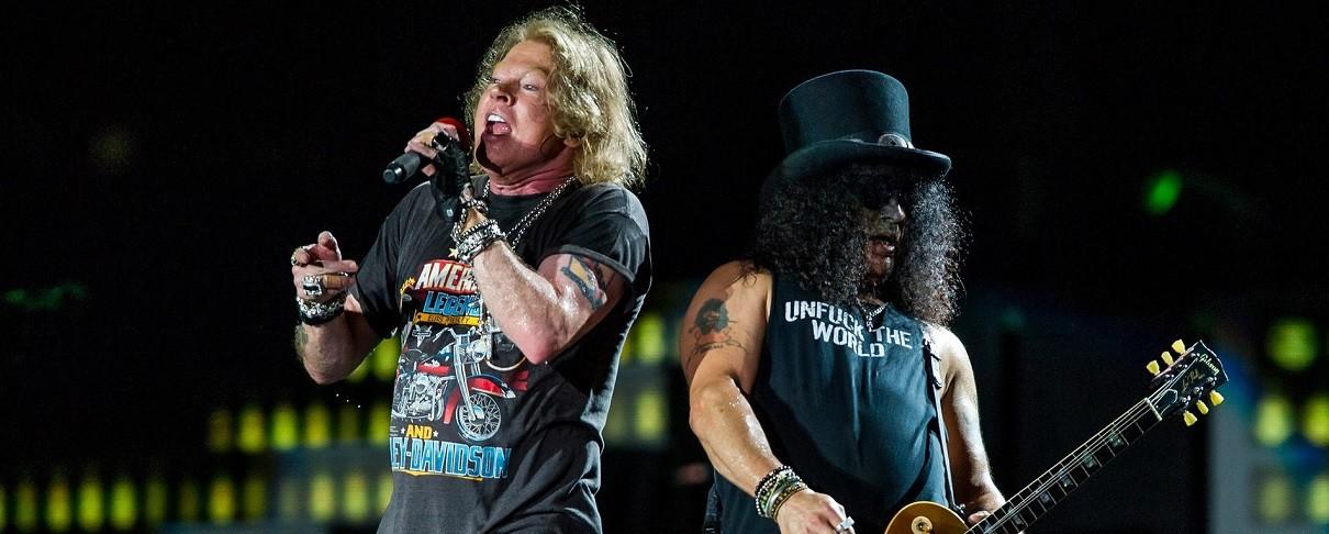 «Ο Axl Rose δουλεύει τα νέα τραγούδια των Guns N' Roses»
