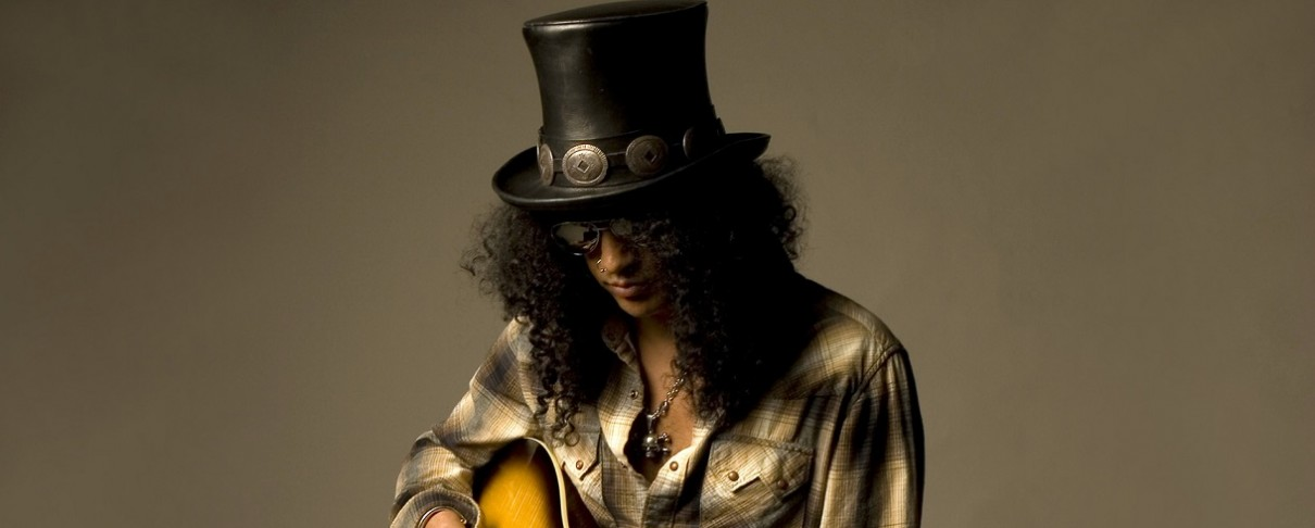 Slash: «Αρχικά ήμουν σκεπτικός με την συμμετοχή του Axl στους AC/DC…»