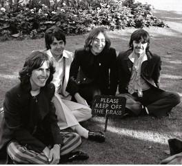"""Ολοκαίνουργιο video του """"Back In The U.S.S.R"""" των Beatles"""
