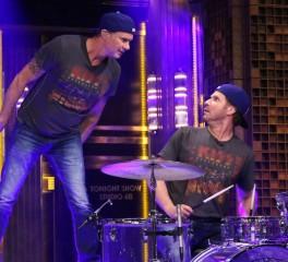 Μέλη των Pearl Jam και των Red Hot Chili Peppers διασκευάζουν Depeche Mode