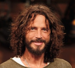 Ένα άγαλμα για τον Chris Cornell