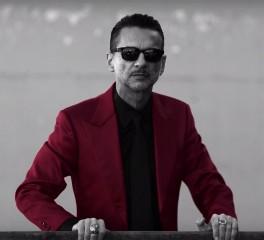 Ο Dave Gahan σε τραγούδι των Goldfrapp