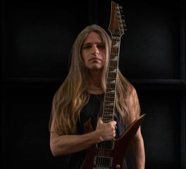 Αυτός είναι ο νέος κιθαρίστας των Manowar