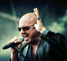 Geoff Tate για τη συνεχή πτώση των πωλήσεων της μουσικής: «Ο Lars Ulrich είχε δίκιο»