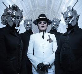 Crowdfunding καμπάνια για fan των Ghost που πέθανε σε συναυλία της μπάντας
