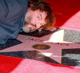 O Jack Black αποκτά δικό του αστέρι στο Walk Of Fame και… είναι ο εαυτός του