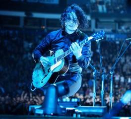 Ο Jack White ανακοινώνει νέο συναυλιακό φιλμ και live EP
