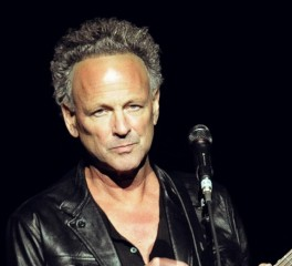 Οι Fleetwood Mac απολύουν τον Lindsey Buckingham