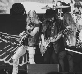 Ένα νέο live άλμπουμ από τους Lynyrd Skynyrd