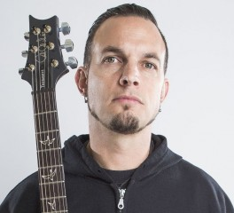 Mark Tremonti: «Τα προηχογραφημένα samples δεν ταιριάζουν σε rock συναυλίες…»