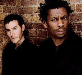 Οι Massive Attack μετατρέπουν μουσική σε ...DNA