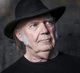 O Neil Young πρωταγωνιστεί σε ταινία western