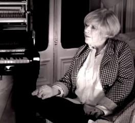 Ο Nick Cave παίρνει συνέντευξη από την Marianne Faithfull