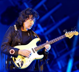 Ritchie Blackmore: «Θέλω να παίξω με τους Deep Purple»