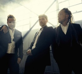 """Get Up"": Ένα ...αντικαταθλιπτικό video από τους Shinedown"