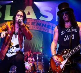 Το «αντίδοτο» των Slash ft Myles Kennedy And The Conspirators