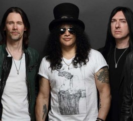 """Living The Dream"": Ο τίτλος του νέου άλμπουμ των Slash ft. Myles Kennedy & The Conspirators"