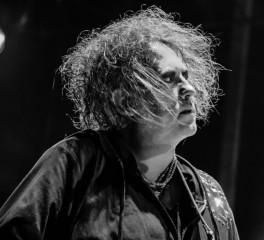 Ολοκαίνουργιο άλμπουμ με remixes από τους Cure