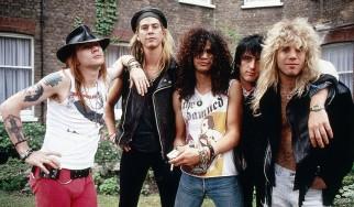 """Ακούστε την ακουστική εκδοχή του """"Move To The City"""" των Guns 'N' Roses"""