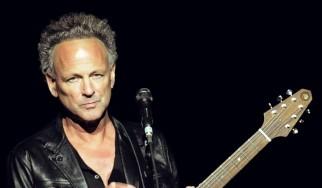Οι Fleetwood Mac απολύουν τον Lindsey Buckingham