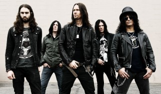 """Mind Your Manners"": Ακούστε το νέο κομμάτι των Slash ft Myles Kennedy & The Conspirators"