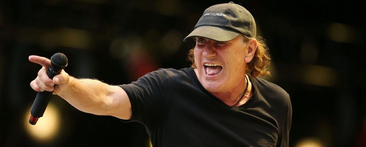 «Ο Brian Johnson θα ξαναβρεθεί σε περιοδεία των AC/DC…»