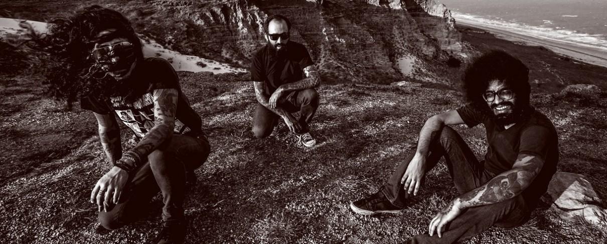 Οι Deafkids στο στούντιο μαζί με τον Jaz Coleman των Killing Joke