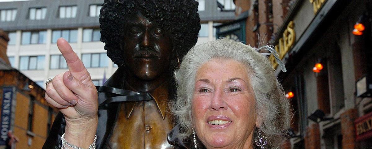 Πέθανε η μητέρα του Phil Lynott, συγγραφέας Philomena Lynott