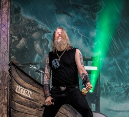 """Crack the Sky"": Νέο single από τους Amon Amarth"