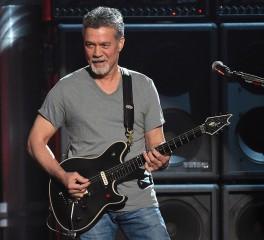 Eddie Van Halen: «Ο καρκίνος μου προκλήθηκε από τις μεταλλικές πένες που έβαζα στο στόμα…»
