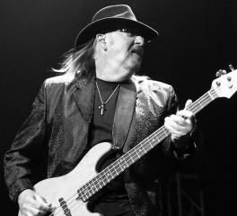 «'Εφυγε» ο μπασίστας των Lynyrd Skynyrd και .38 Special, Larry Junstrom