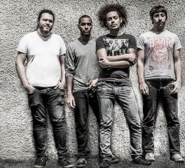 «Χωρίζουν οι δρόμοι» των Monuments με τον frontman, Chris Barretto