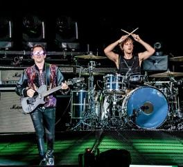 Οι Muse κυκλοφορούν νέο box set με επανεκδόσεις, demos, B-sides