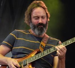 Νεκρός ο κιθαρίστας των Chris Robinson Brotherhood, Neal Casal