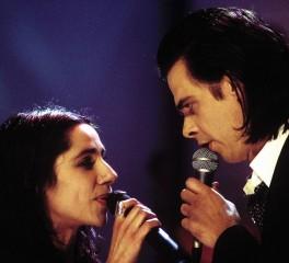 O Νick Cave για την PJ Harvey: «Όταν με χώρισε παραλίγο να μου φύγει η σύριγγα από τα χέρια…»