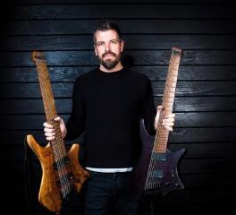 Νέο κομμάτι και άλμπουμ από τον κιθαρίστα των Haken, Richard Henshall