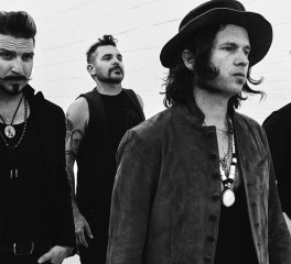 """Sugar On The Bone"": Δείτε το νέο video των Rival Sons"