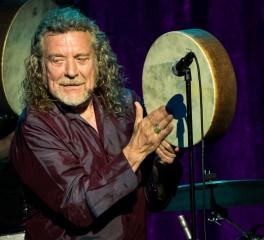 "O Robert Plant τραγουδάει το ""Immigrant Song"" μετά από 20 χρόνια (video)"