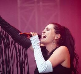 Οι Within Temptation ακυρώνουν συναυλία σε ένδειξη αλληλεγγύης προς LGBTQ μπάντα