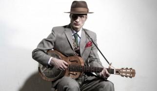 O πολυτάλαντος bluesman Bror Gunnar Jansson στην Αθήνα