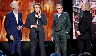 Επανασύνδεση και εισαγωγή στο Rock And Roll Hall Of Fame για τους Roxy Music